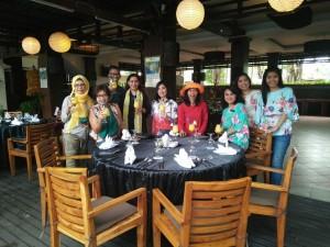 Bersama tim Best Western Bali