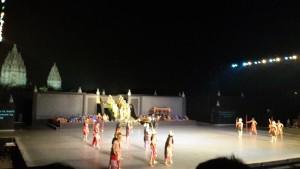 #Day2 Pentas sendratari Ramayana yg epic, berlatar belakang candi Prambanan.